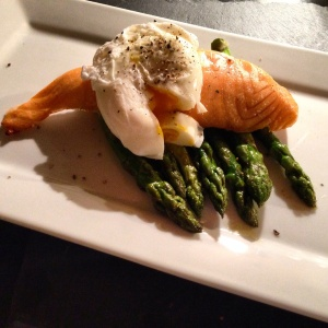 Poached egg, salmon, asparagus